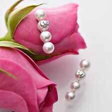 Hello Kitty Silver 925 x Natural Akoya Cultured Pearl Quadruple Piereced Earring