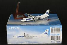 UTair ATR-72 Reg: VQ-BLE JC Wings 1:200 Diecast Models XX2774
