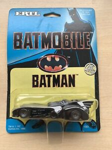 Die-Cast Car - ERTL - Batman 1989 Batmobile - Sealed on Card