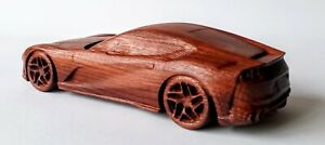 FERRARI 812 SUPERFAST 1:18 WOODEN CAR MODEL AUTOMOBILE COLLECTIBLE DIECAST TOY