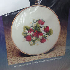 """New listing Sealed Vintage Creative Expressions Strawberry Patch Crewel Embroidery 8"""" Kit"""