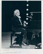 1974 Press Photo Smiling Country Singer Charlie Rich at Piano 1970s