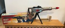 VINTAGE JAPAN TN NOMURA BATTERY OPERATED HEAVY MACHINE GUN IN ORIGINAL BOX RARE