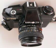 Appareil photo Minolta X300—Objectif 50 mm—Ouverture 1,7—Filtre Genaco 1A