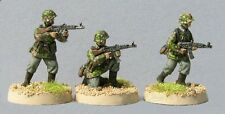 TQD GS11 20mm Diecast WWII German Waffen SS in Early Smocks with mp44's