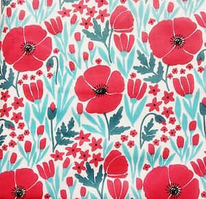 Vintage PolyCotton Fabric White Red Poppy Floral Flower Craft Material