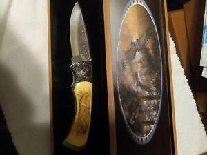 HUNTING KNIFE. W/CASE. DECORATIVE DISPLAY. NIB. BALDE EAGLE