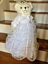 ANTIQUE Elegant Nona BEAUTIFUL WEDDING BRIDE GOWN Ivory Furry Bear Doll & STAND