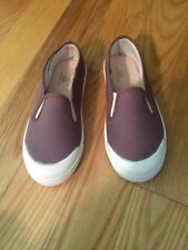 Flora and Henri Pepe Slip On Canvas Sneaker 31 New