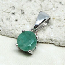 LOVELY 1 CT GENUINE AFRICAN EMERALD 925 STERLING SILVER PENDANT