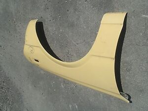 1975-1979 Toyota Corolla Front Right Fender  (F168-2)