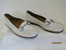 EUC Aerosoles Nuwsworthy Ladies White Tan Snakeskin Loafer Shoes Rubber Soles 6M