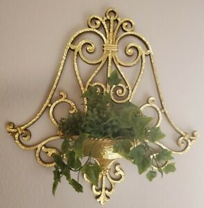 Vintage 1978 Syroco Faux Plant Flower Holder Wall Sconce Gold with Plant 6008