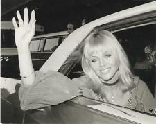 BRITT EKLAND-ORIGINAL PHOTO-GLAMOR-CANDID-IN CAR