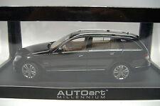 AUTO ART stand modelli 76267 MERCEDES-BENZ CLASSE C AVANTGARDE nere 1:18 NUOVO OVP