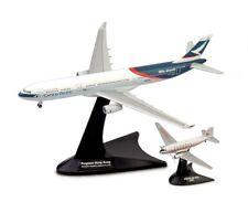 Airbus A330-300 Niki + Douglas DC-3 Cathay Pacific Airways 1/400 Herpa