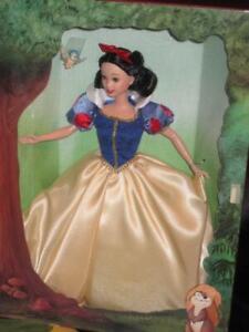 1997 Disney's 60th Anniversary Signature Doll SNOW WHITE 17761 NRFB