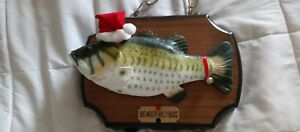 Vintage Big Mouth Billy Bass Christmas.  Excellent working condition