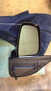 Pilot left manual mirror fits 2005-2010 Nissan Frontier or Xterra NSL194100L NEW