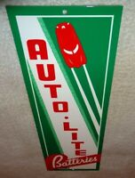 "VINTAGE ""AUTO LITE BATTERIES + CAR""  🚗 15"" METAL AUTOMOBILE GASOLINE & OIL SIGN"