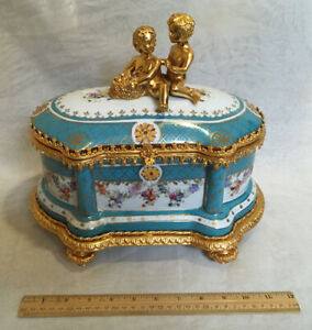 MASSIVE Sèvres/Samson-STYLE Porcelain Jewelry Casket Box Mounted In Ormolu