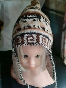 Ladies Thick Knitted Hat. Brown/Cream