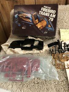 MPC 1979 Pontiac Firebird Trans Am  Unbuilt Model Kit Starlight Black