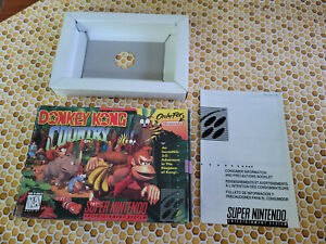 Donkey Kong Country - Super Nintendo - SNES - Authentic - Box Only!