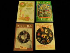 Vtg Crafts From Current Lot Feltcraft Make a Merry Christmas Holiday Wreaths R62
