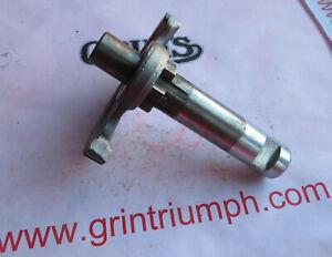 TRIUMPH T120/T140/T150 Kickstart quadrant and shaft assembly 57-4755