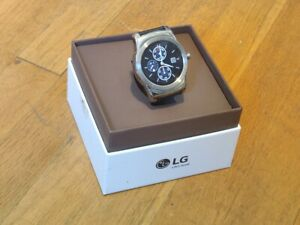 LG Watch Urbane (W150) 46mm Stainless Steel Case - w/ new black leather strap