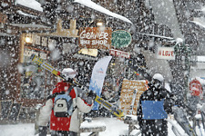 CHRISTMAS IN MORZINE, WITH FREE CHILDRENS SKI LIFT PASSES, FULLY CATERED