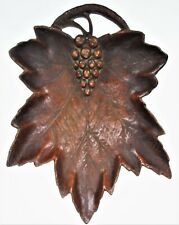 NIFTY Grape Leaf Serving Tray Faux Wood Plastic Vtg Nuts Candy Nature Accent