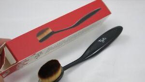 New Paddle Foundation Soft Oval Brush
