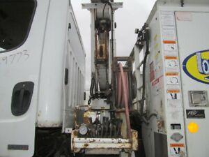 Fleet Equipment Corporation 4400 Ibs capacity knuckle boom 4416