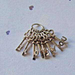 VINTAGE SILVER BUNCH OF KEYS CHARM SPELLING I LOVE YOU