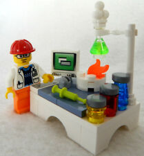 NEW LEGO MALE SCIENTIST LAB SET chemistry minifig 21312 stem science engineer