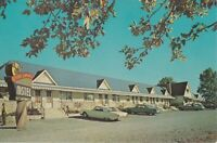 Welland, Ontario, Canada - Sportsmen's Motel - Exterior and Signage - Parking