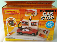 Rare Matchbox MotorCity Gas Stop station playset sealed Box misb toy fuel vntg
