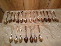 Vintage Christmas/Noel souvenir spoons LOT of 21 thirteen Noel series