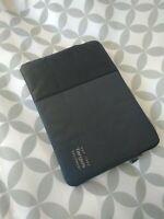 Targus Pulse Laptop Sleeve (Black/Ebony) for 15 X 11 inch Laptop bag