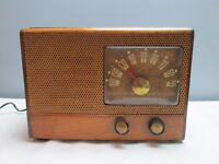 Emerson 535 Radio Antique Wood 5 Tube AM