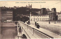 69 - cpa - LYON - Pont Tilsitt - Saint Jean et coteau de Fourvière