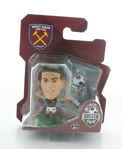 Manuel Lanzini West Ham United SoccerStarZ MicroStars Green Base Blister