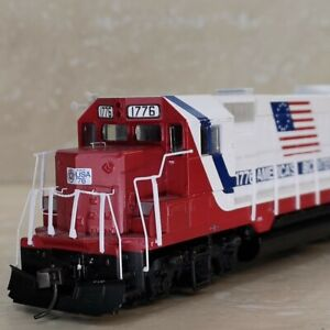 Athearn HO scale GP 35 Soo Line Bi Centennial 1776 DCC equipped and very rare.