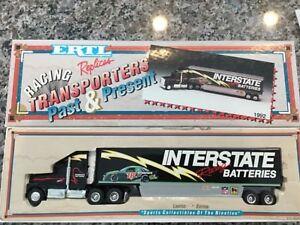 1992 Ertl Replica Transporter 1:64 Interstate Batteries Racing