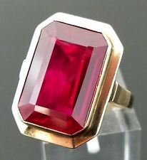 8 Karat Yellow Gold Edwardian Era 10.00 Carat Emerald Cut Ruby Ring.