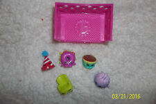 New lot of 5 Season 4 Shopkins and 1 pink basket