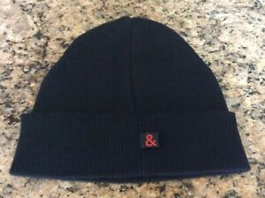 D&G Men's Black Merino Wool Beanie