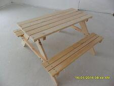 Kindersitzgruppe - Kindertisch - Gartenbank aus Holz für draußen